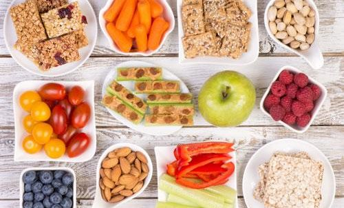 Advantages Of Healthy Snacking For Consumers